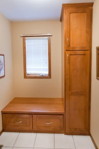 Mudroom-Small-Space-200x300