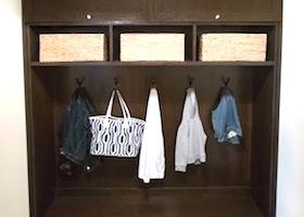 01-mudroom-cabinet-design