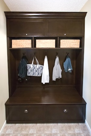 mudroom-cabinet-design