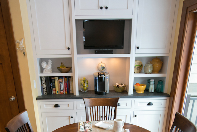 Kitchen Design and Gorgeous Custom Cabinets
